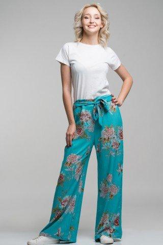 Pantaloni turcoaz cu flori si pasari colibri
