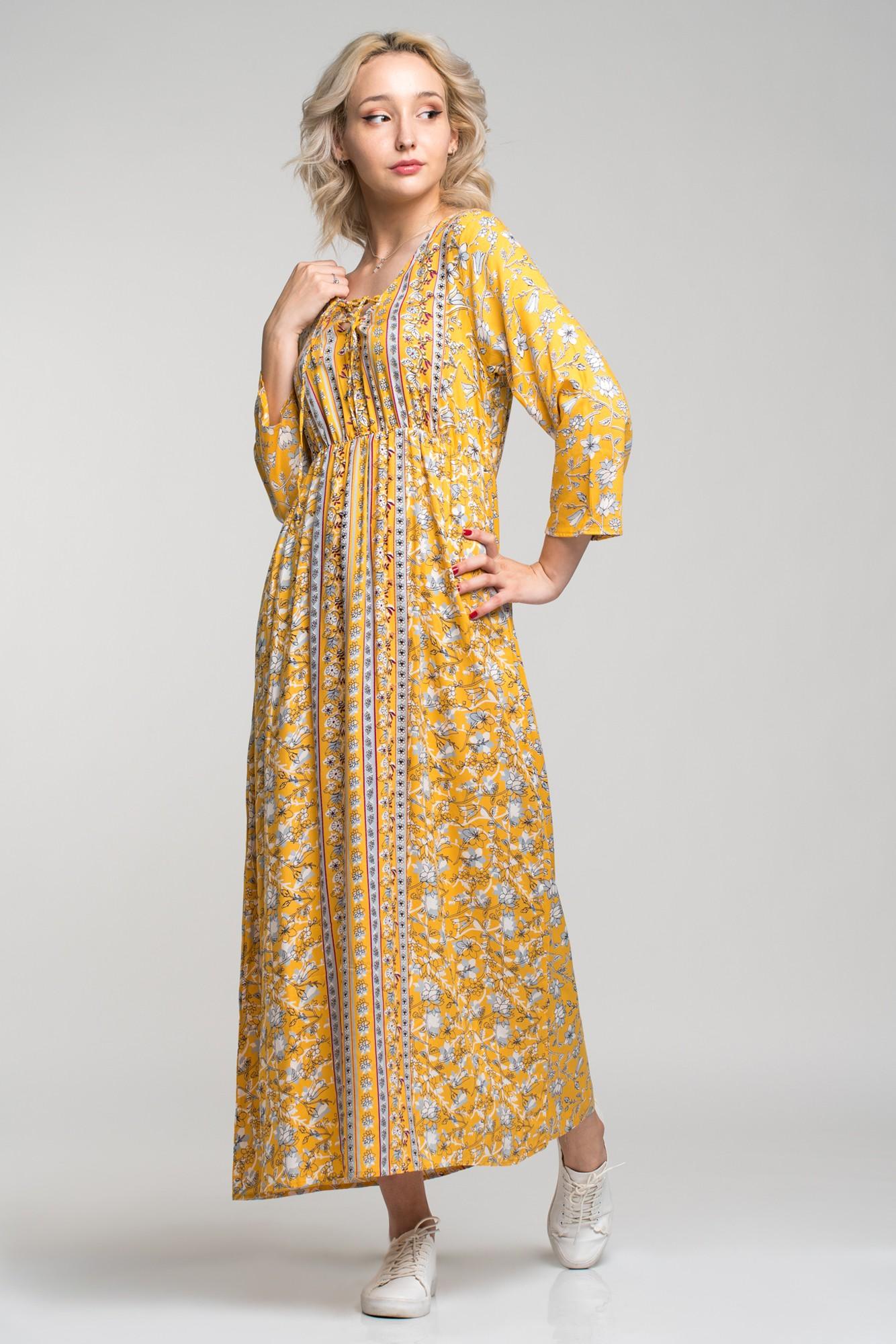 Rochie boho-chic lunga din vascoza cu imprimeu galben Angy