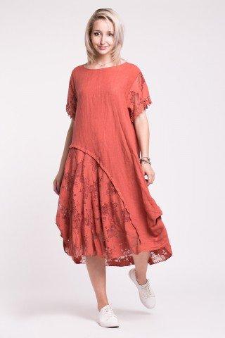 Rochie asimetrica rosie din in si dantela florala