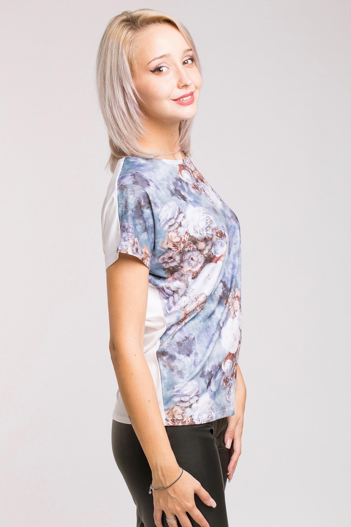 Tricou half-print cu nuante de indigo si flori