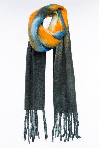 Esarfa moale din lana cu imprimeu tie-dye si franjuri