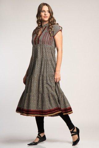 Costum traditional indian cu tunica arakali si colanti