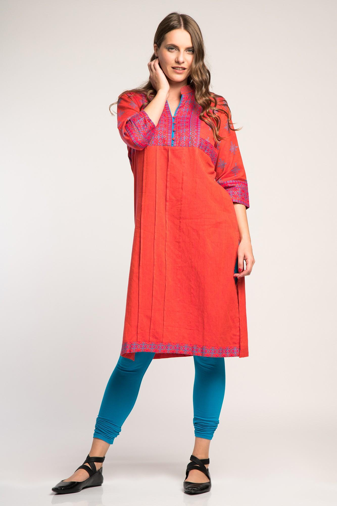 Costum traditional indian albastru/corai cu imprimeu etnic