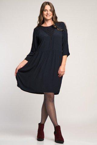 Rochie eleganta bleumarin cu broderie perforata