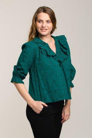Bluza verde cu broderie si volane