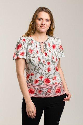 Bluza vernil-pal cu flori rosii si dantela