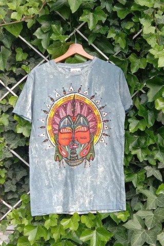 Tricou stonewashed cu masca tribala