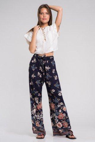 Pantaloni boho bleumarin cu imprimeu floral