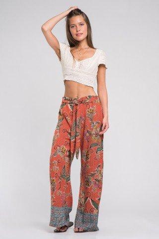 Pantaloni boho din vascoza cu imprimeu multicolor