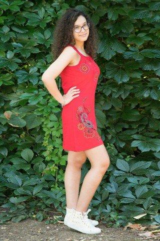 Rochie rosie scurta tip maiou Maya cu broderie florala