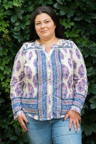 Bluza cu imprimeu albastru mov si nasturi