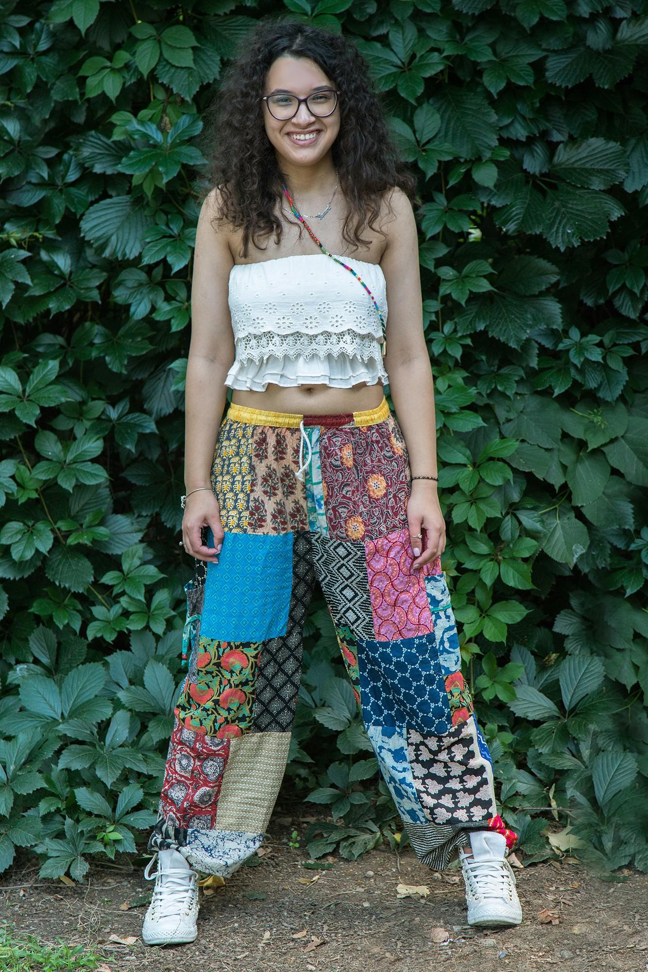 Pantaloni vaporosi multicolori Patch
