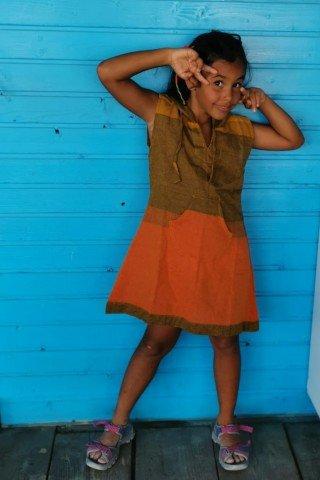 Tunica din bumbac portocaliu-kaki gluga