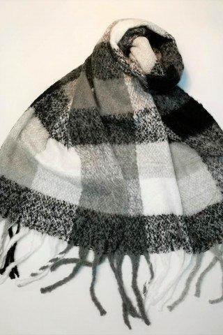 Esarfa pufoasa din lana cu patrate si imprimeu gri-negru