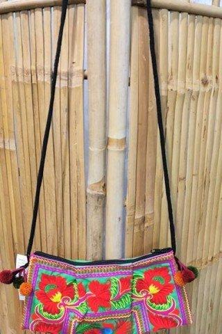 Geanta verde cu broderie Hmong multicolora