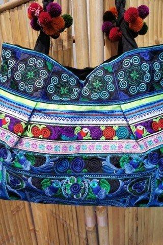 Geanta turcoaz cu broderie Hmong multicolora