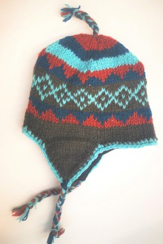 Caciula lana negru-albastru cu dublura polar