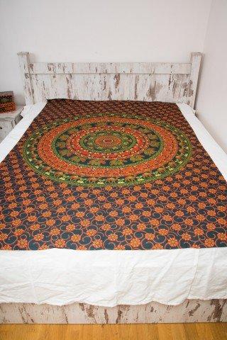 Cuvertura single verde cu cerc portocaliu