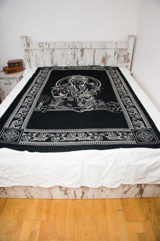Cuvertura neagra cu print alb Ganesha