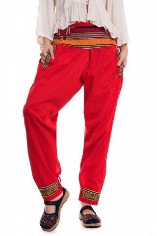 Pantaloni rosi tip salvari cu motive etince