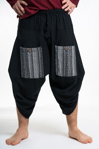 Pantaloni negri grosi 3/4 cu buzunare etnice