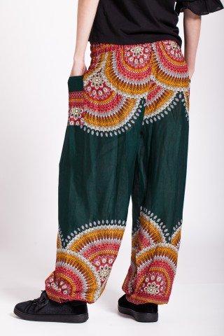 Pantaloni verzi din vascoza cu imprimeu