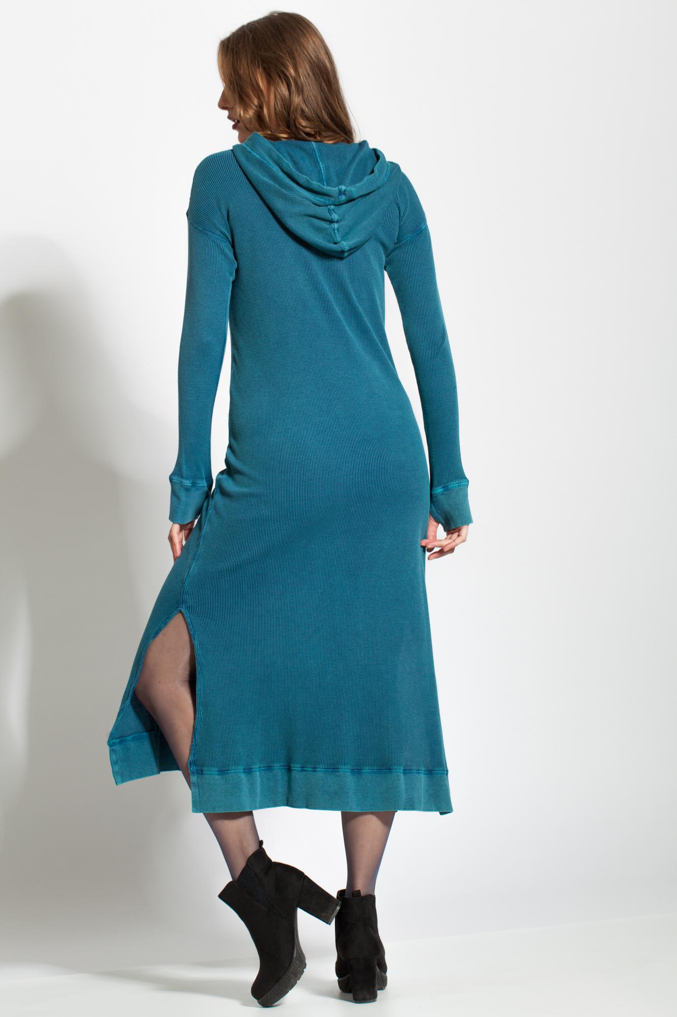Rochie albastru mineral tricotata cu gluga si buzunare