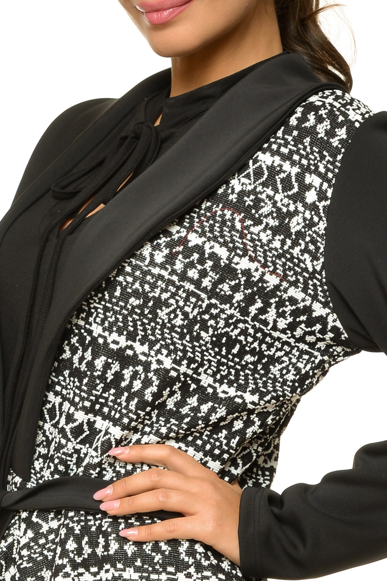 Jacheta neagra cu imprimeu gri