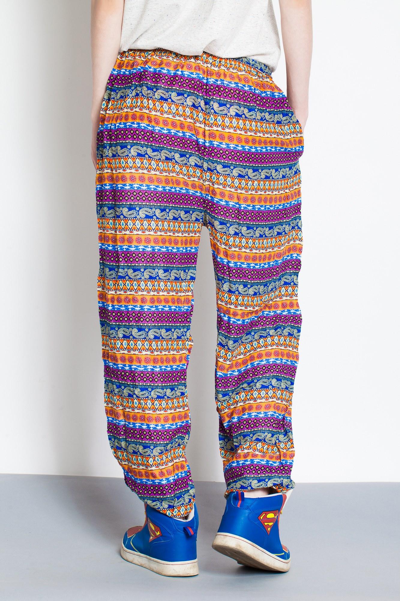 Pantaloni multicolor cu siret