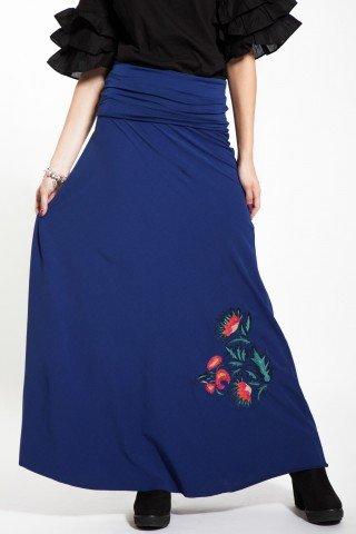 Fusta lunga albastra cu broderie florala