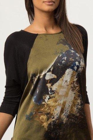 Bluza larga neagra cu insertie imprimata digital CBM1258