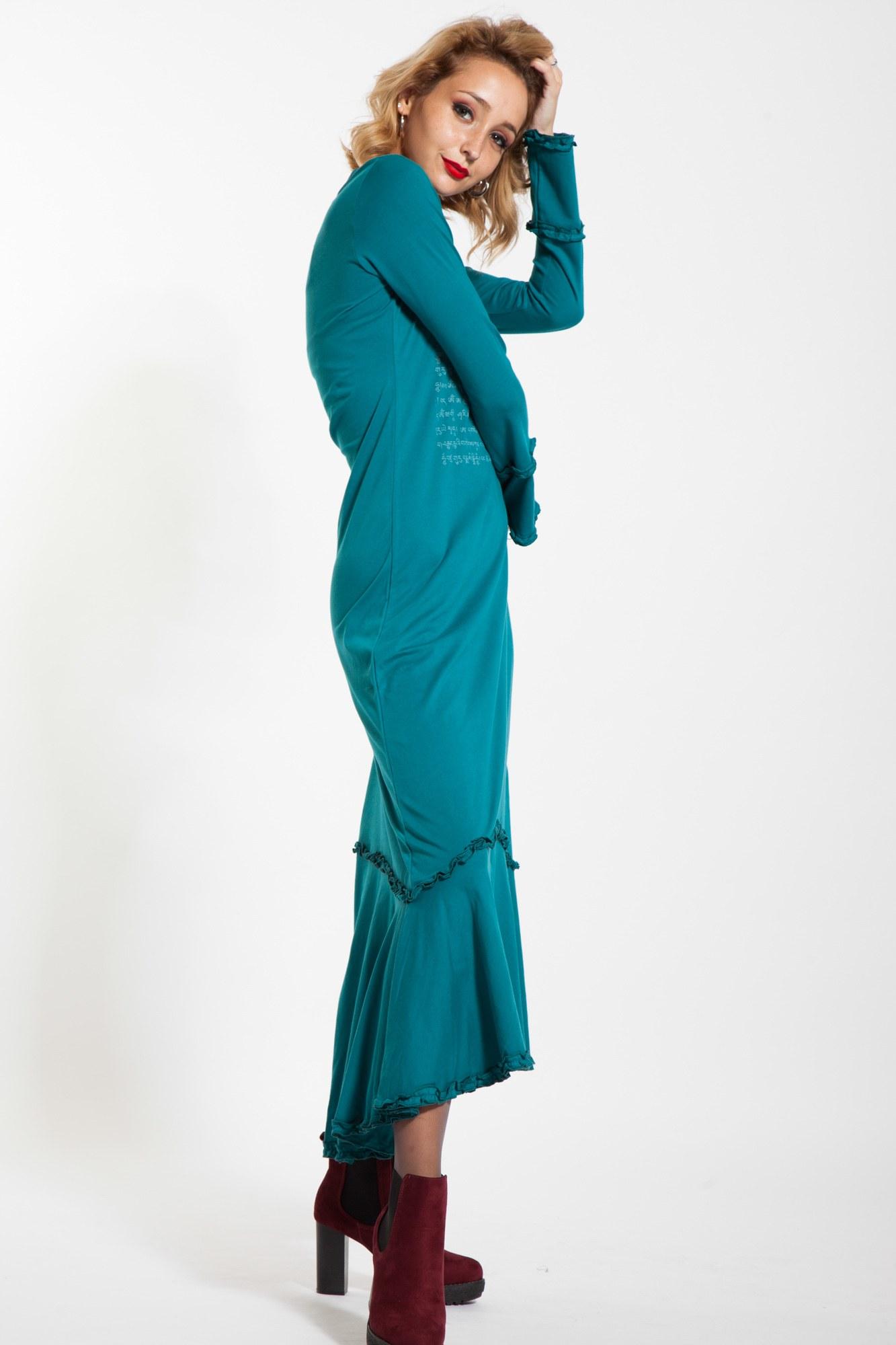 Rochie lunga turcoaz cu mantra tibetana