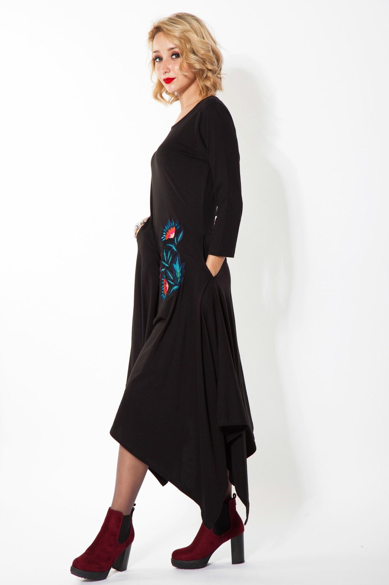 Rochie neagra casual Luxy brodata