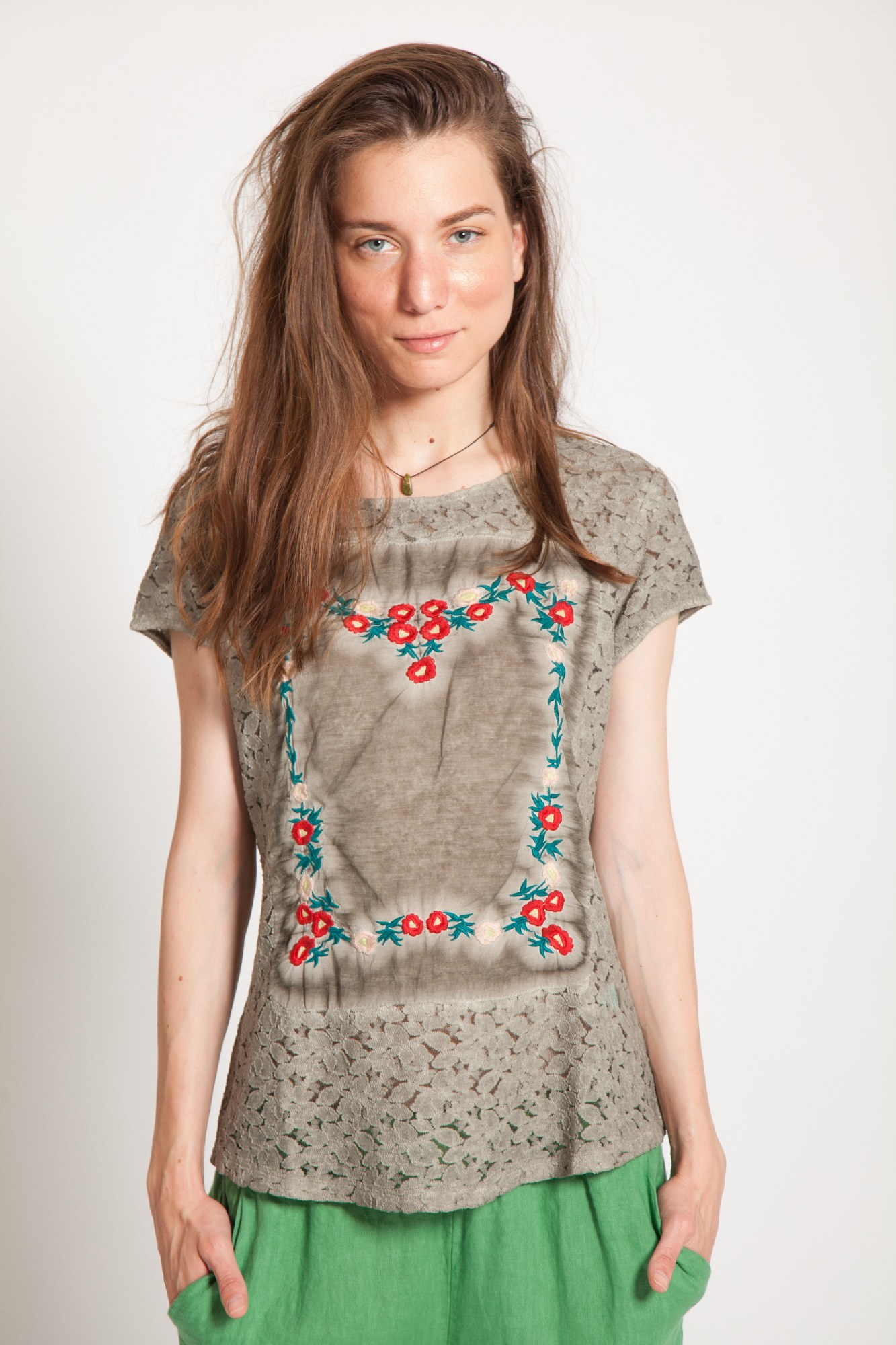 Bluza stone-wash olive Gracy maneca scurta
