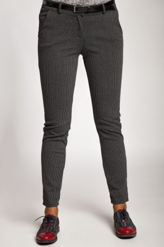 Pantaloni stretch in dungi