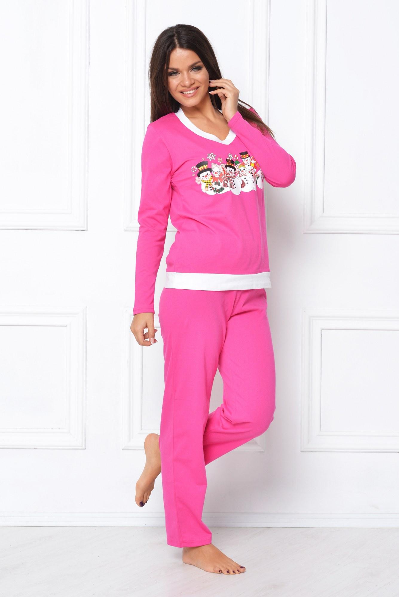 Pijama roz cu oameni de zapada