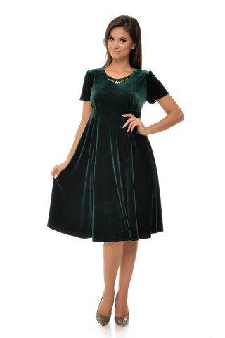 Rochie eleganta catifea verde si bijuterie
